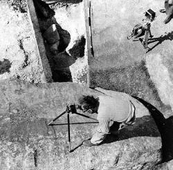 1954-stonehenge_copy45