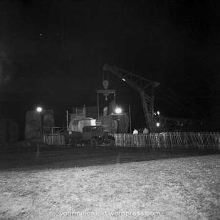 1954-stonehenge_copy51