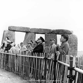 1954-stonehenge_copy58