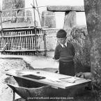 1954-stonehenge_copy63