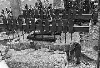 1954-stonehenge_copy77