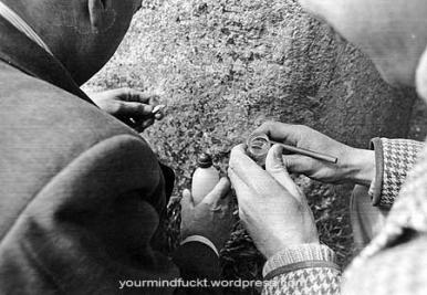 1954-stonehenge_copy86