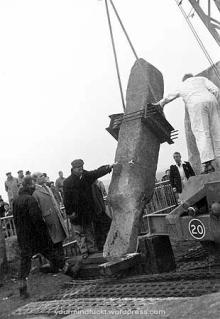 1954-stonehenge_copy93
