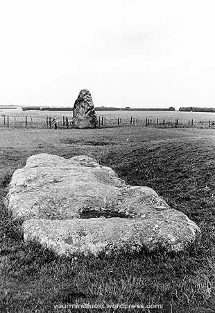 1954-stonehenge_copy95