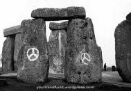 1954-stonehenge_copy96